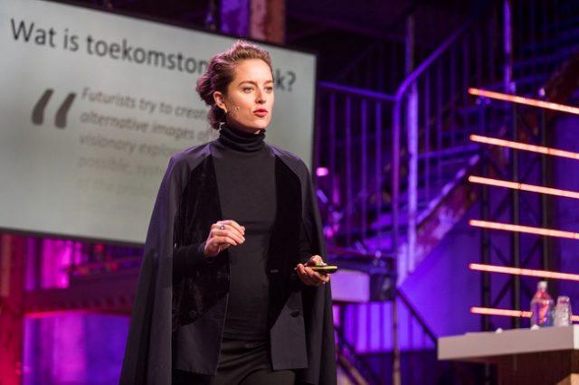 Futurist Tessa Cramer opent nieuw academisch jaar RAvB